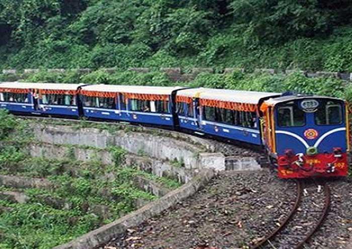 vận tải đường sắt là gì