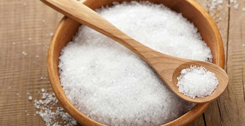 sử dụng muối xông nhà tẩy uế