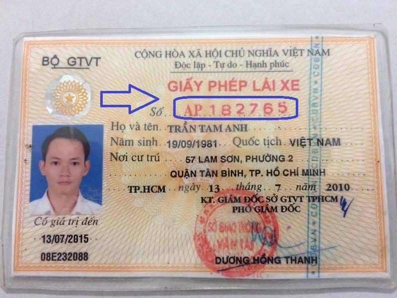 kiểm tra giấy phép lái xe thật giả
