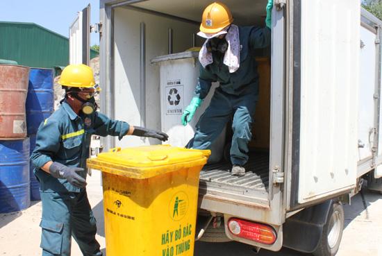 Quy trình dịch vụ vận chuyển hóa chất, rác thải