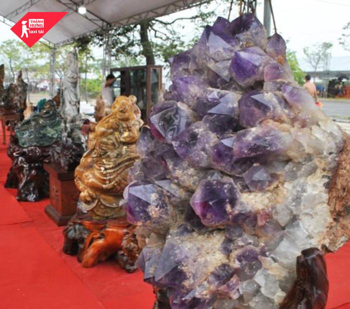 Quy trình vận chuyển tranh đá quý