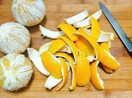 khử mùi bằng vỏ cam
